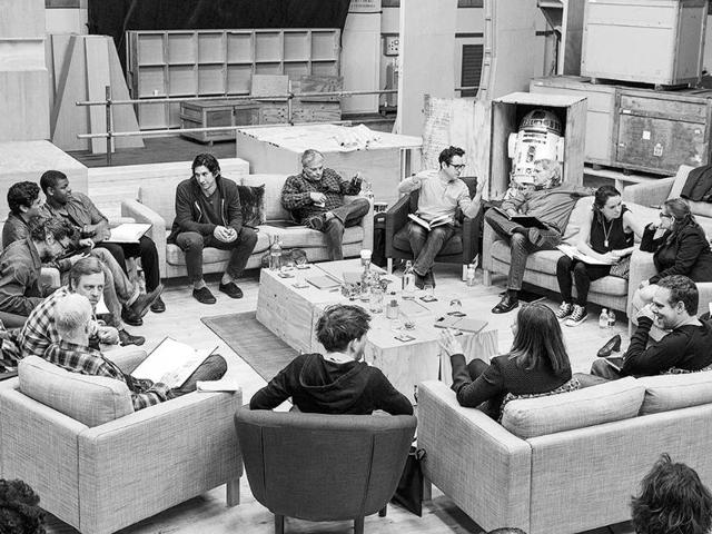 The-cast-of-Star-Wars-source-starwars-com