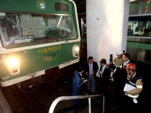 subway trains collission