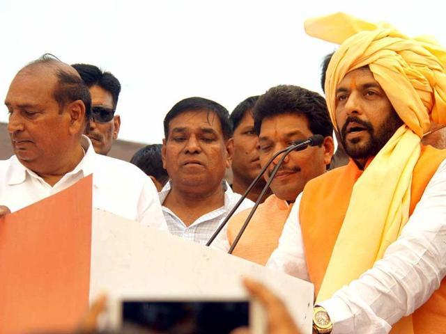 Sirsa,moneybags,Gopal Goyal Kanda