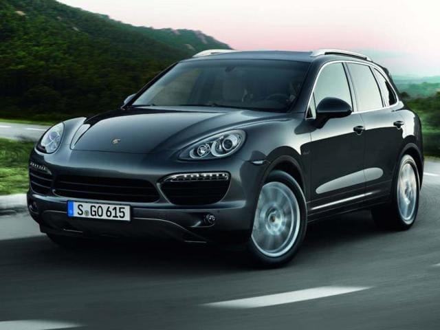 Porsche drives in Cayenne Diesel Platinum at Rs. 86.5 lakh