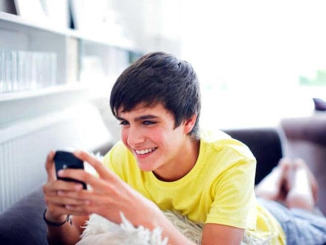 Sexting-among-kids-a-modern-day-courtship-Getty