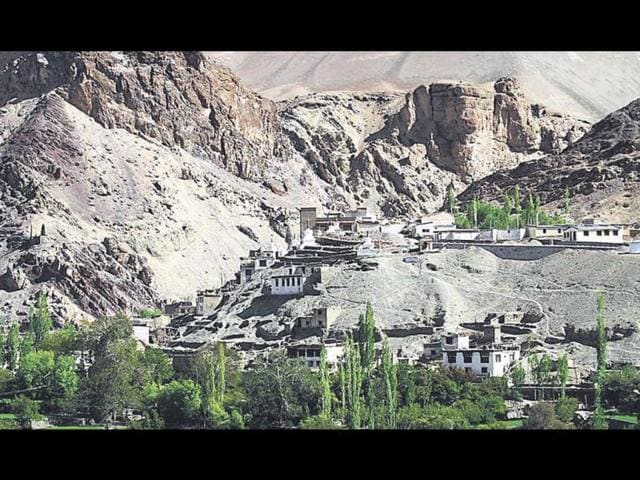 The-scenic-Ladakh-goes-to-the-polls-Waseem-Andrabi-HT-photo