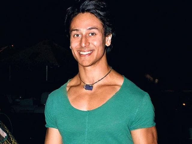 Tiger-Shroff-was-at-a-suburban-cinema-probably-catching-a-movie-We-re-just-glad-Mr-Muscles-kept-his-shirt-on