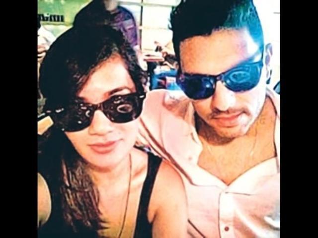 Yuvraj-Singh-with-his-stylist-Leepakshi-Ellawadi