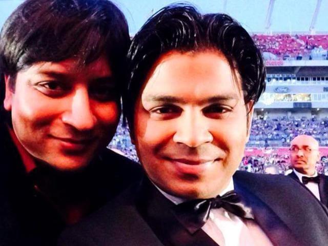 Singer-Ankit-Tiwari-with-brother-Ankur-Tiwari-Photo-Facebook-music-ankit