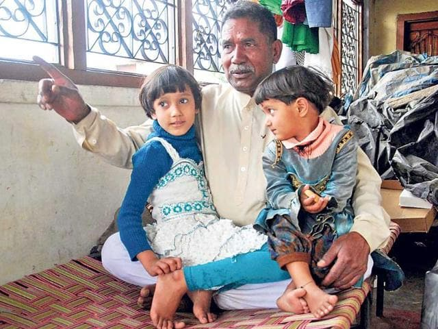 Priest-Sohan-Lal-Tiwari-s-son-who-survived-the-tragedy-has-taken-up-another-job-Vinay-Santosh-Kumar-HT-Photo