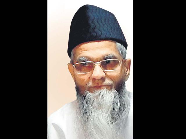 Mulayam and Modi are the same: Amir Rashadi Madni