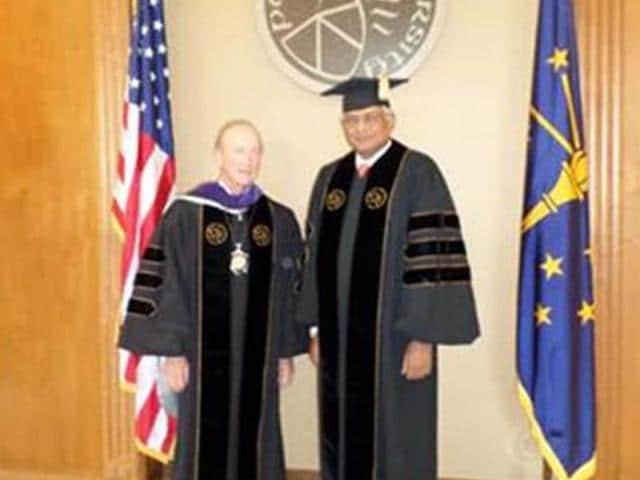 Venu-Srinivasan-honoured-by-Purdue-University