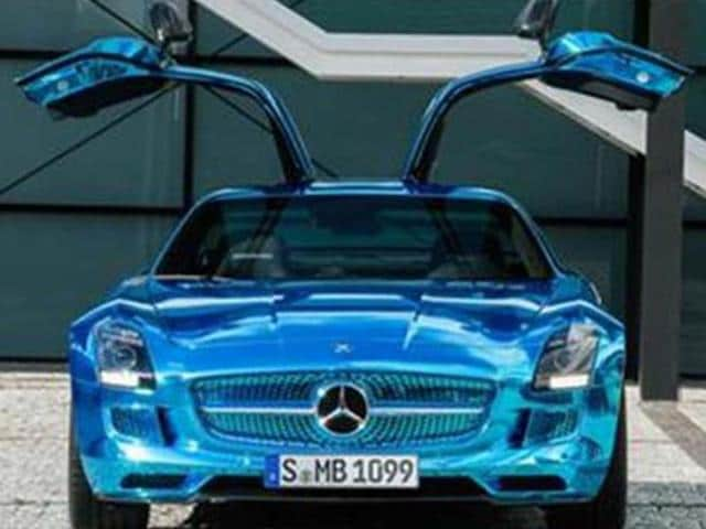 Mercedes-to-use-F1-tech-centre-to-develop-road-cars