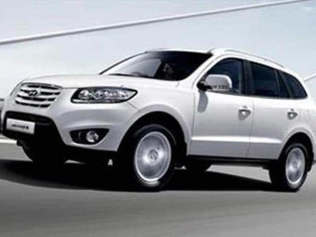 Hyundai-recalls-Santa-Fe-SUV-in-India