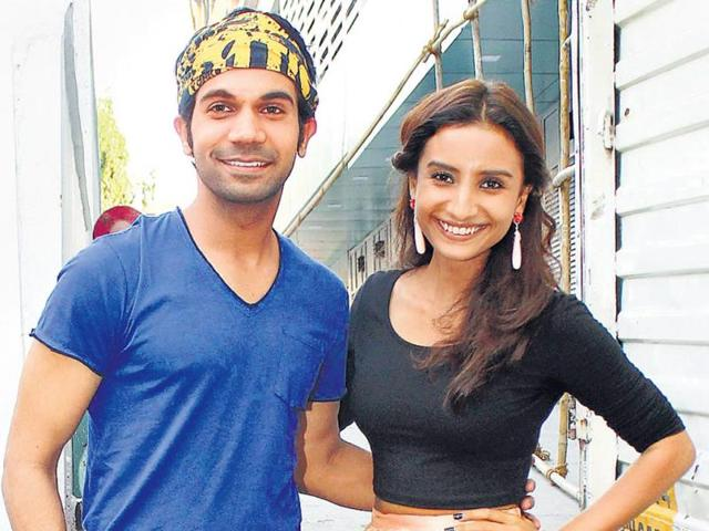 Rajkummar-Rao-and-girlfriend-Patralekha-were-spotted-at-an-event-in-Mumbai-HT-Photo-Viral-Bhayani