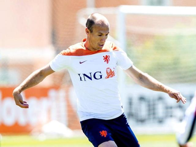 Netherlands-Arjen-Robben-during-a-training-session-of-the-Dutch-national-team-in-Lagos-Portugal-AFP-Photo