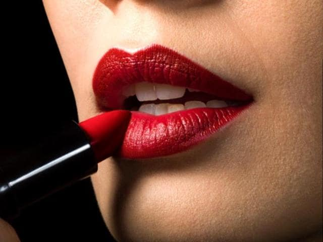 Red-lipstick-favoured-at-work-in-bid-for-promotion-Getty