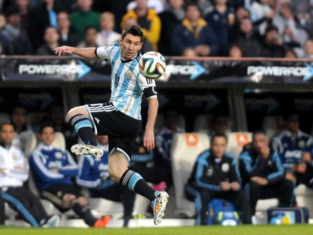 Argentina S Lionel Messi Celebrates With His Teammates