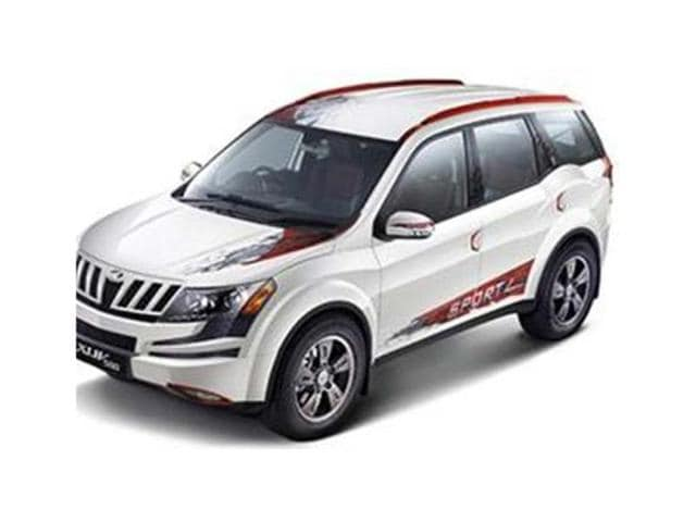 Mahindra launches 'XUV500 Sportz' at Rs. 13.68 lakh