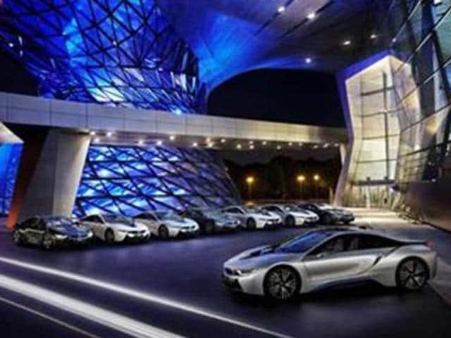 BMW-begins-delivering-i8-in-Germany
