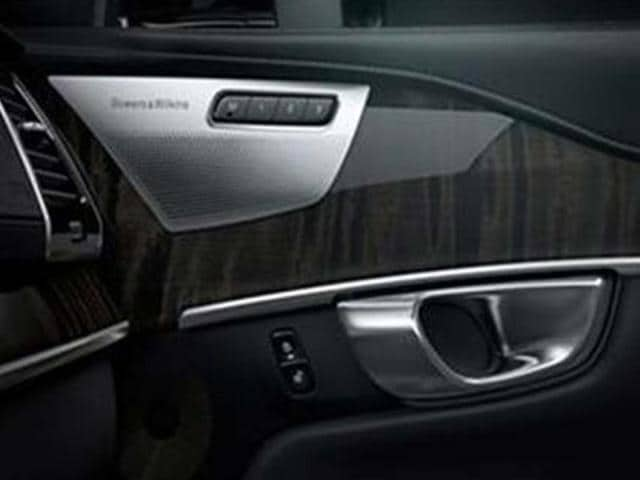 Volvo-s-new-XC90-to-get-Bowers-amp-Wilkins-audio-system