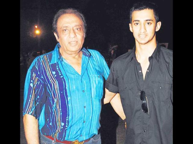 Bollywood-actor-Ranjeet-with-his-son-Chiranjeevi-HT-Photo-Prodip-Guha