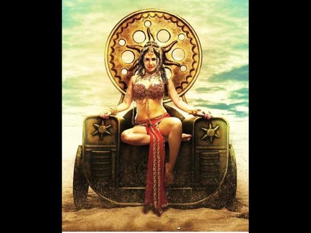 Sunny-Leone-in-a-still-from-Leela-Photo-Twitter-SunnyLeone