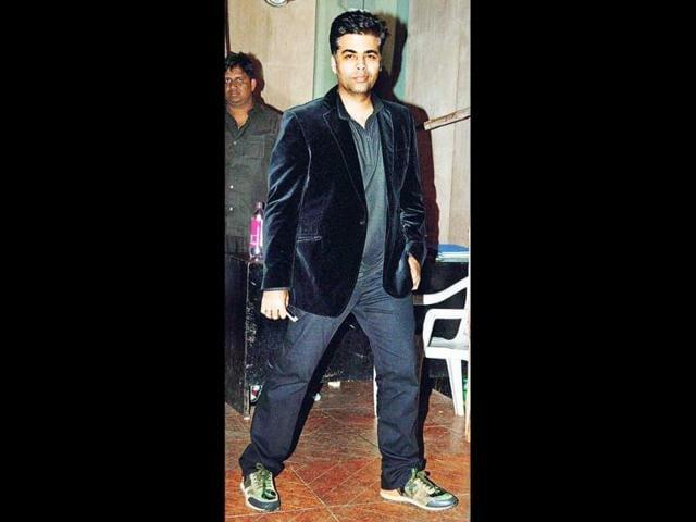 Ranbir-Kapoor-Vikas-Bahl-Anurag-Kashyap-Vikramaditya-Motwane-and-Karan-Johar-at-the-Bombay-Velvet-wrap-up-bash-Browse-through