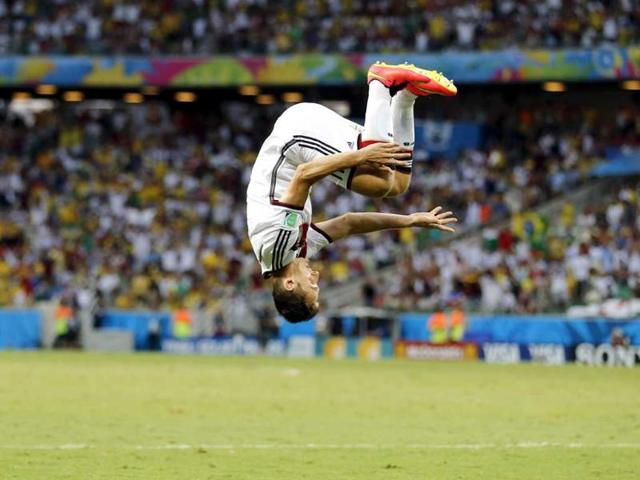 Klose scores record goal; Germany vs Ghana match ends in 2-2 draw