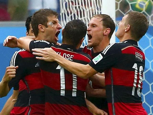 Germany-s-Thomas-Mueller-L-celebrates-his-goal-against-the-US-with-his-teammates-during-their-World-Cup-Group-G-match-at-the-Pernambuco-arena-in-Recife-Reuters-Photo