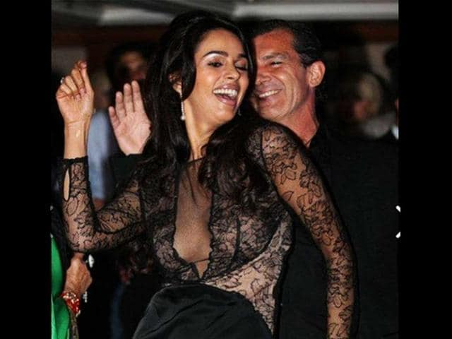 Mallika-Sherawat-shared-this-photo-with-Hollywood-actor-Antonio-Banderas-during-the-Cannes-film-festival-a-few-years-ago-Photo-Facebook-user-Mallika-Sherawat