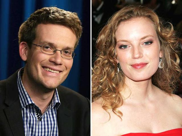 Author-John-Green-and-Canadian-actor-director-Sarah-Polley-Agencies