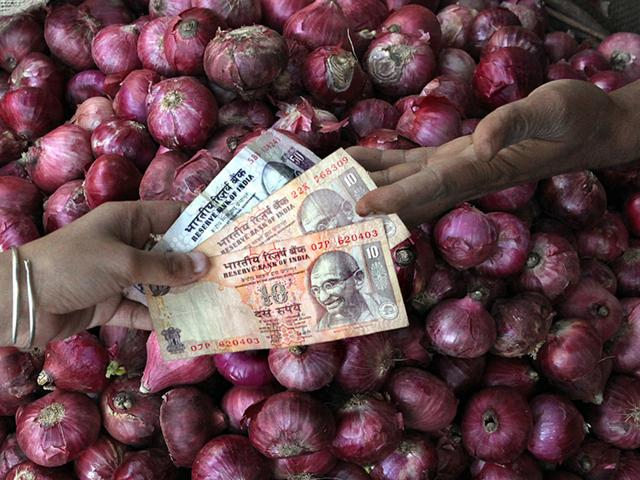 Onion prices,Staple food inflation,Steep onion prices