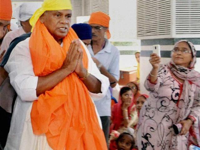 This-file-photo-shows-Bihar-chief-minister-Jitan-Ram-Manjhi-offering-prayers-at-Saheb-Gurudwara-in-Patna-PTI-photo