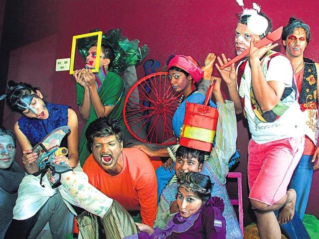 A-theatrical-act-that-premieres-in-Mumbai-soon-will-revisit-popular-fables-from-Panchatantra