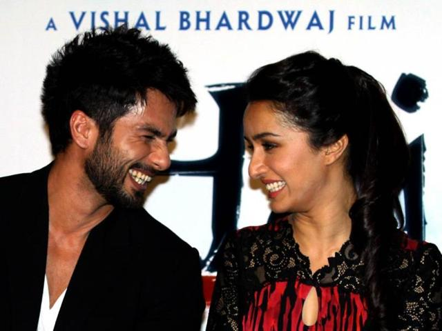 Actors Shahid Kapoor and Shraddha Kapoor seem to share a sparkling chemistry! The duo is spotted at the trailer launch of Vishal Bhardwaj