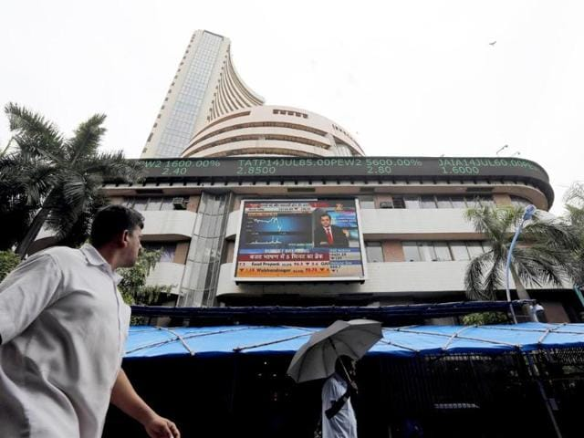 Sensex sheds 135 points on GST woes, Nifty above 8500-mark
