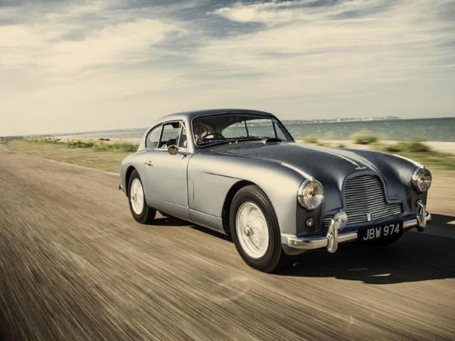 This-1954-Aston-Martin-DB-2-4-Mk-I-Vantage-inspired-Ian-Fleming-as-he-was-writing-the-James-Bond-novel-Goldfinger-Photo-AFP