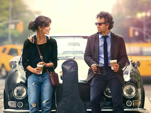 Keira-Knightley-and-Mark-Ruffalo-in-the-poster-for-Begin-Again