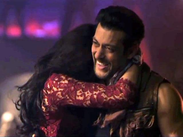 On the sets of her upcoming movie Kick, actor Jacqueline Fernandez talks about her experience of working with Salman Khan.