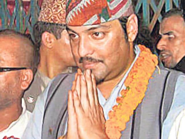 Paras-Shah-In-trouble-again