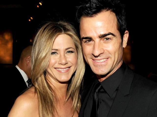 Happy-couple-Jennifer-Aniston-and-Justin-Theroux-AP