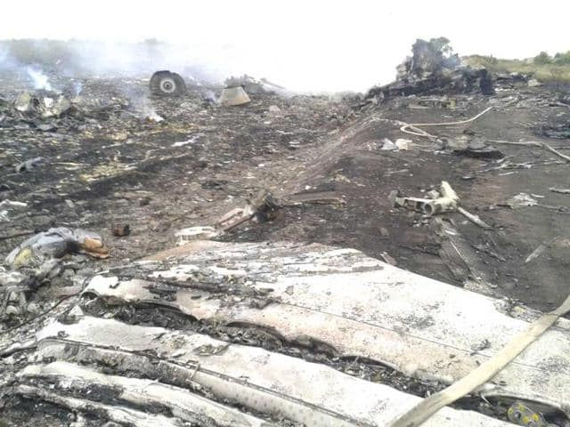 The-site-of-a-Malaysia-Airlines-Boeing-777-plane-crash-is-seen-in-the-settlement-of-Grabovo-in-the-Donetsk-region-Reuters-photo