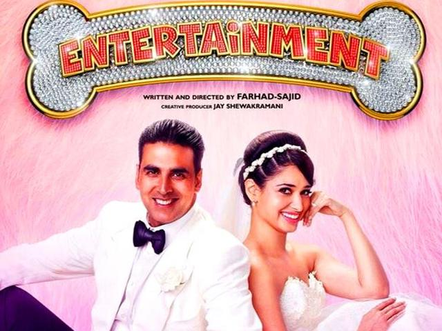 Akshay-Kumar-in-a-poster-of-Entertainment