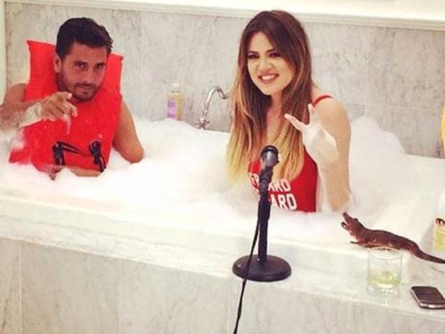 Khloe Kardashian,scott disick,bubble bath