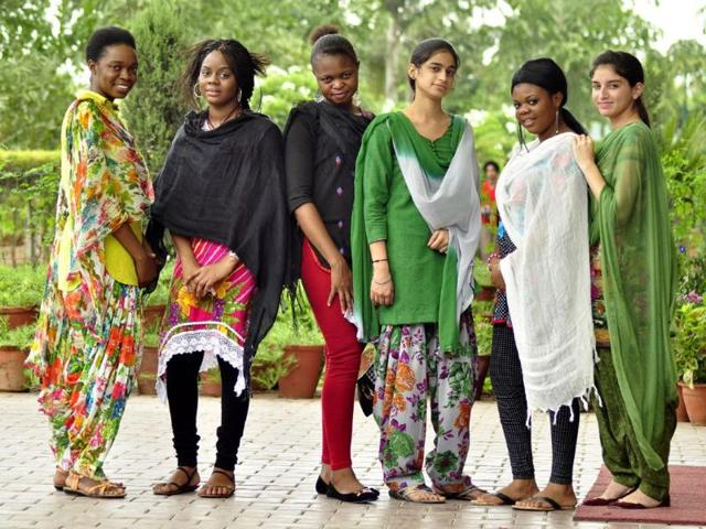 HT-City-meets-African-girl-students-in-Ludhiana-who-are-in-Love-with-Punjabi-suits-Sikander-Chopra-HT