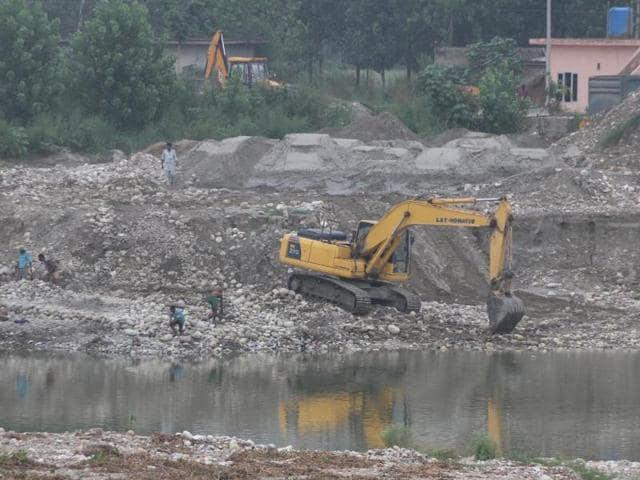 mining,environmentalists,wildlife