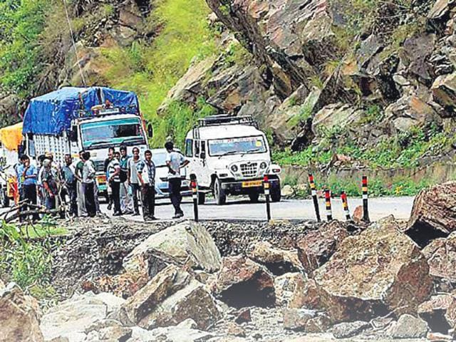 Traffic-movement-was-stopped-owing-to-a-landslide-in-Kedar-Valley-and-heavy-rains-lashed-Uttarakhand-HT-photo