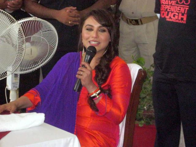 Bollywood-actor-Rani-Mukherjee-visited-Orchha-on-Tuesday-to-promote-her-upcoming-film-Mardani-HT-Photo