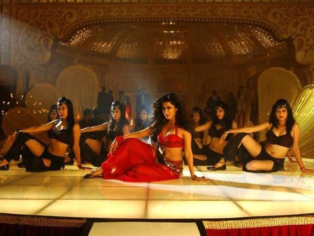 The film has a bevy of Bollywood stars (Manoj Bajpai, Vidyut Jamwal, Rajpal Yadav and Dalip Tahil) in supporting roles with the stunning Chitrangada Singh appearing in an item number. (Anjaanmovie/Facebook)