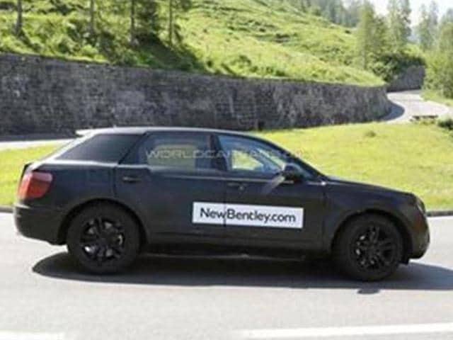 Bentley-begins-testing-SUV
