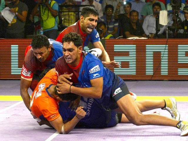 Players-of-Dabang-Delhi-hold-on-to-a-raider-of-Bengal-Warriors-during-the-match-between-Dabang-Delhi-and-Bengal-Warriors-in-the-Pro-Kabaddi-League-AFP-photo