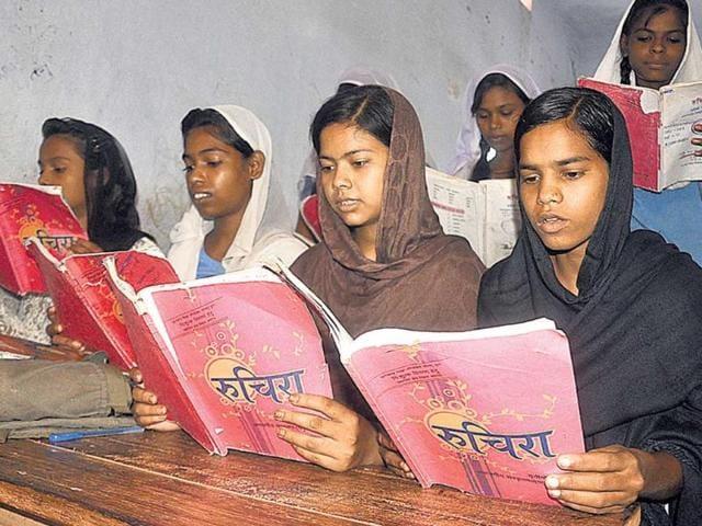 Sanskrit,Muslim studying sanskrit,sanskrit text