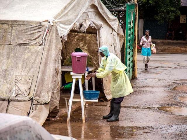 Provide Ebola detection facilities at Pune, Nagpur airports: HC